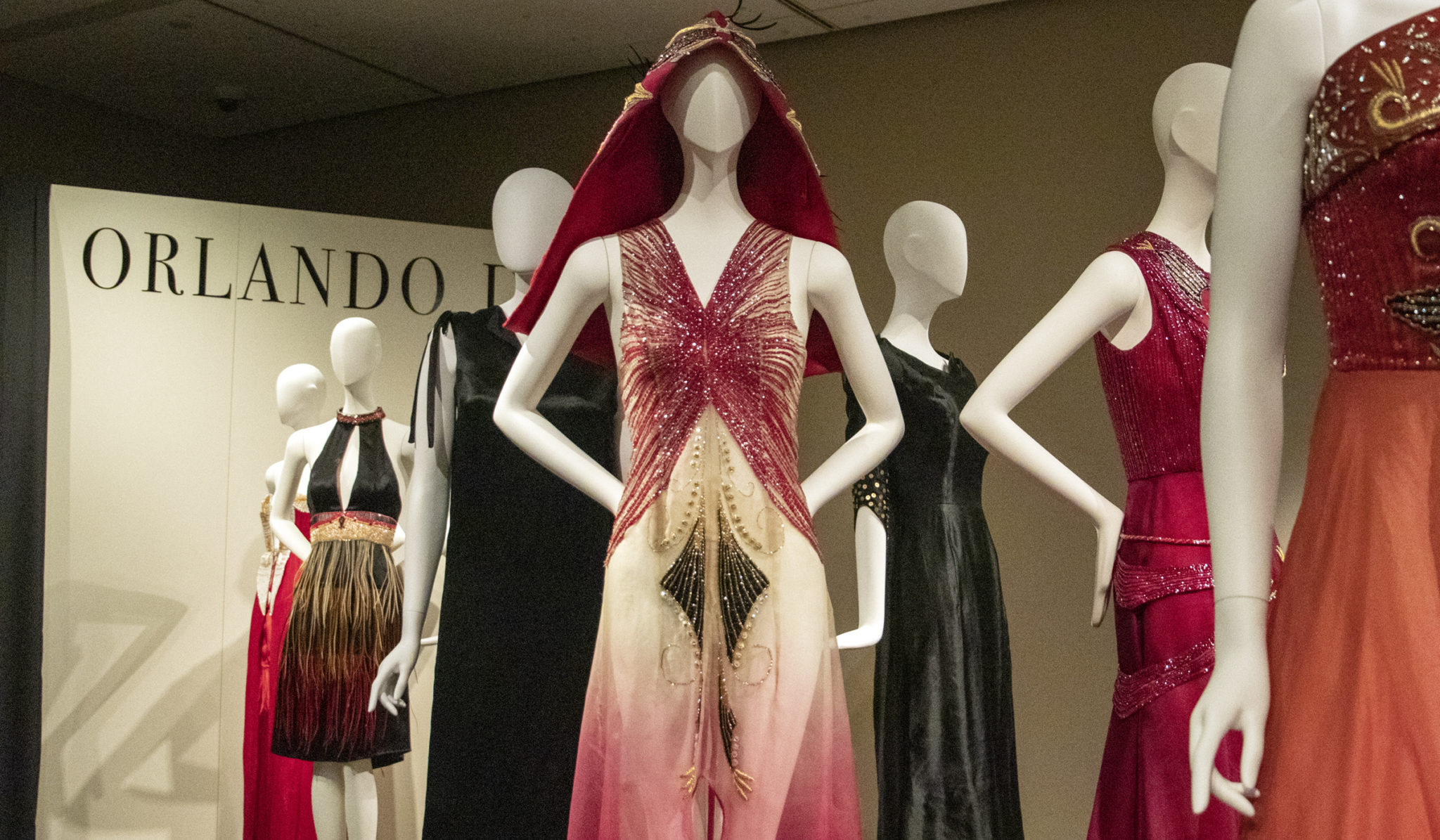 Orlando Dugi's dresses