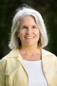 Outdoor portrait of Professor Louise Jennings
